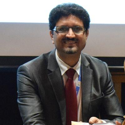 Dr. Mohammed Naeem OCM